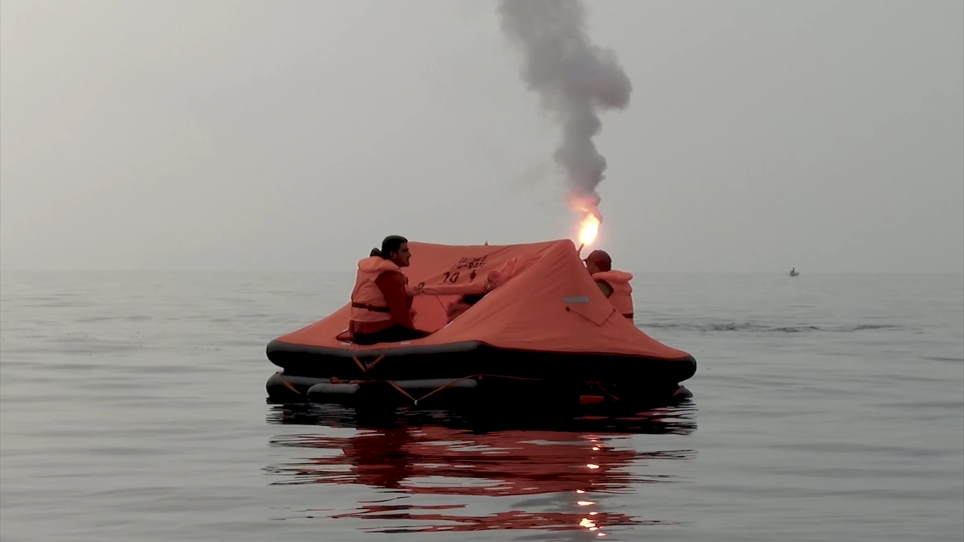 Sea survival training - 24h in a LALIZAS liferaft